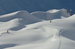 St. Anton wartet mit den Wedelwochen schon auf begeisterte Skifahrer_Innen...